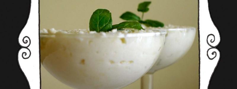 Pianka z białej czekolady z nutą mięty