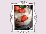 Przepis na Tiramisu truskawkowe z melisą (bez kawy)