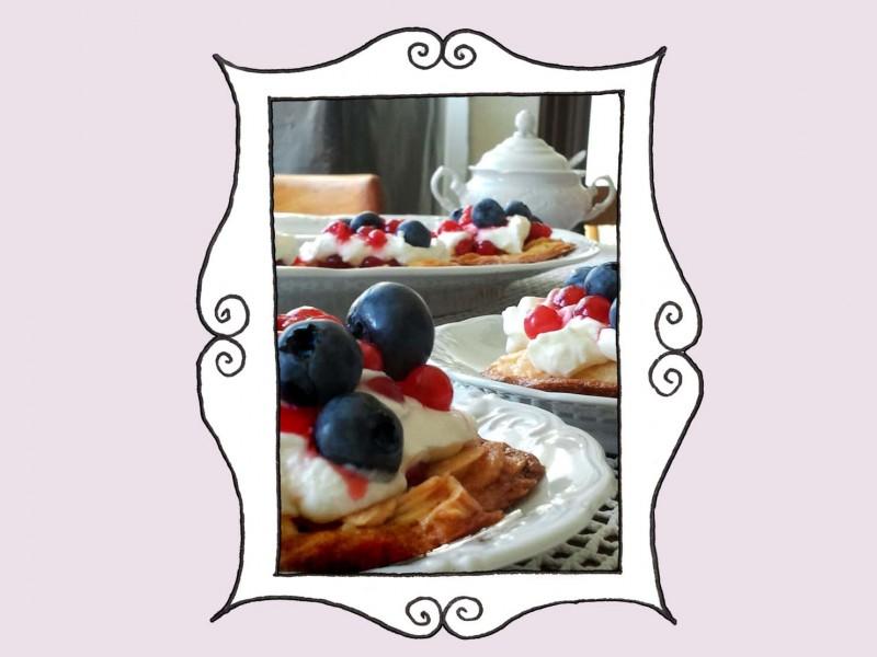Ciastko migdałowe z kremem Mascarpone i owocami