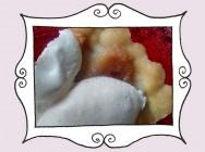 Przepis na wyśmienitą Tartę z nadzieniem gruszkowo-imbirowym pod pierzynką z bezy